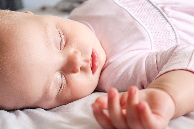 4 Safety Strategies for SIDS Prevention  image